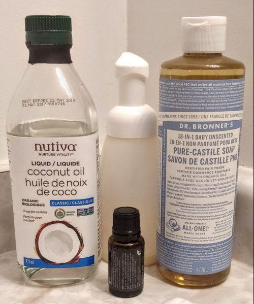 DIY Foaming Handsoap with Essential Oils